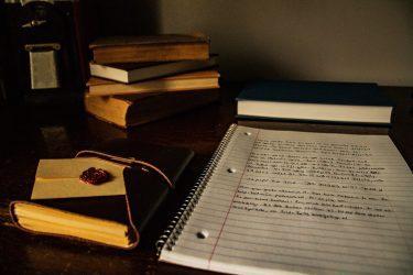 Estudiar i treballar alhora: És possible?